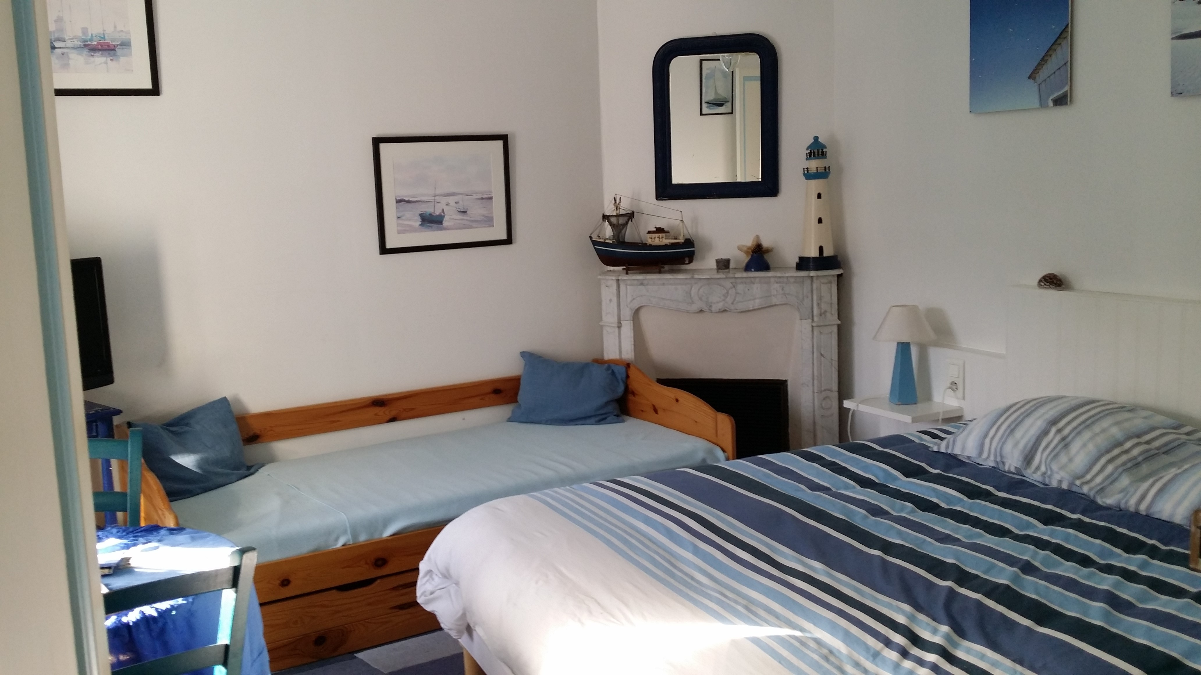 chambre marine g te et chambres d 39 h tes pornic. Black Bedroom Furniture Sets. Home Design Ideas